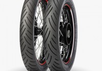 uusi moottoripyörän rengas 2015